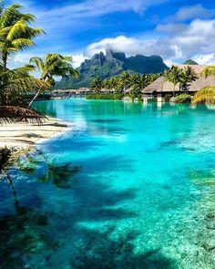 Bora Bora travel tips Beautiful Places To Travel, Romantic Travel, Beautiful Beaches, Romantic Vacations, Dream Vacations, Vacation Spots, Italy Vacation, Papeete Tahiti, Bora Bora Island