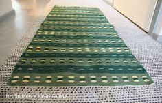 vihreä poppanaliina Weaving, Pop, Rugs, Home Decor, Farmhouse Rugs, Popular, Decoration Home, Pop Music, Room Decor