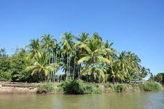 Laos Rundreisen - Jetzt Urlaub buchen! |Tai Pan Laos, Wanderlust, River, Outdoor, Tattoos, Vacation Package Deals, Vacation Travel, Tourism, Outdoors
