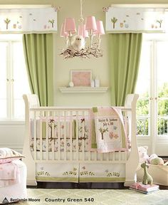 #Pink and #Green nursery via @chicposh #baby #nursery ideas. Love the way to incorporate owl into room!