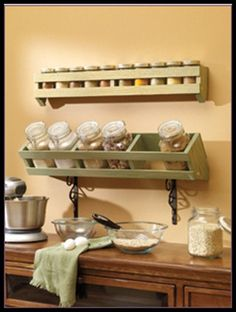 wall spice racks | Oranizing and storing of your herbs and spices | Make Create Do