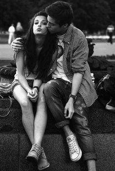 Cute couples hugging and kissing distant friends, cute teen couples, cute Cute Couples Hugging, Cute Couples Teenagers, Teenage Couples, Cute Couples Cuddling, Cute Couples Texts, Cute Couples Goals, Couple Goals, Couple Hugging, Cute Couple Quotes