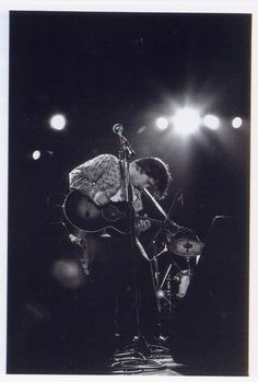 I love this pic! I believe it was taken by Rebecca Moore's dad from Sweetdeamsjeff. Jeff Buckley