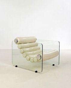 Chaise Vintage, Take A Seat, Minimalist Interior, Interior Design Inspiration, Interior And Exterior, Decoration, Mid-century Modern, Architecture Design, Furniture Design