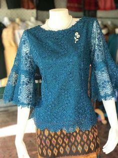 Modern Filipiniana Dress, Kebaya Modern Dress, Model Kebaya Modern, Kebaya Lace, Kebaya Dress, Batik Kebaya, Blouse Batik, Batik Dress, Dress Brukat