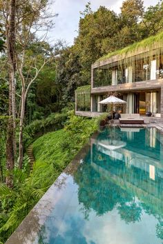 A Bali Jungle Retreat Surrounded by Lush Greenery