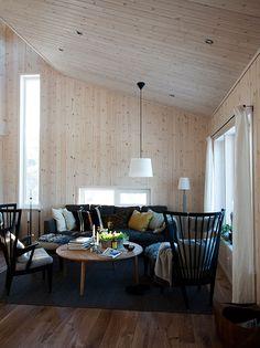 vardagsrum_newly built Swedish cabin, beautifully & sensitively furnished