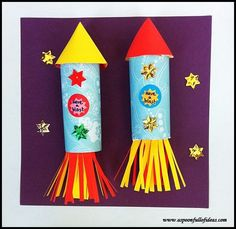 Handprint Art Space Rocket Craft · The Inspiration Edit – Backen Toilet Roll Craft, Toilet Paper Roll Crafts, Cardboard Crafts, Vbs Crafts, Preschool Crafts, Arts And Crafts, Space Preschool, Space Activities, July Crafts