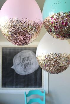 Pretty party decoration for a birthday party, bridal shower, or baby shower. Fun DIY project you can do at home! Ballons Brilliantes, Helium Balloons, Decoration Party Ideas, Lingerie Party Decorations, Glitter Party Decorations, Simple Birthday Decorations, Easy Decorations, Festival Decorations, Balloon Decorations