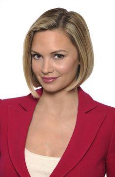 Linzie Janis Correspondent, ABC News. Love her bob haircut.