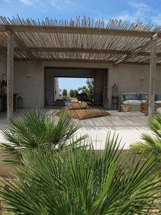Pergola Patio With Curtains - - - Pergola Patio Videos Garden - Pergola Carport Rustic Pergola, Cheap Pergola, Wooden Pergola, Outdoor Pergola, Backyard Pergola, Patio Roof, Pergola Plans, Outdoor Spaces, Outdoor Living