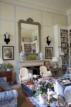 Vintage Interior Design The Style Files: Charlotte Moss Interior Design Career, Country Interior Design, Wabi Sabi, English Country Decor, French Country, Traditional Interior, Traditional Decorating, Design Blog, Design Art