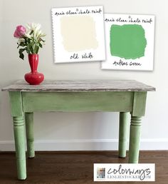 Side Table - Colorways with Leslie Stocker - Annie Sloan Chalk Paint® (ASCP) Antibes Green and Old White Chalk Paint Table, Chalk Paint Colors, Chalk Paint Projects, Chalk Paint Furniture, Annie Sloan Chalk Paint Old White, Annie Sloan Paints, Annie Sloan Furniture, Antibes Green, Green Furniture