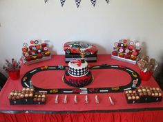 27 Ideas Trucks And Cars Birthday Party Race Tracks For 2019 Hot Wheels Party, Hot Wheels Birthday, Race Car Birthday, 3rd Birthday, Birthday Ideas, Disney Cars Party, Disney Cars Birthday, Car Themed Parties, Cars Birthday Parties