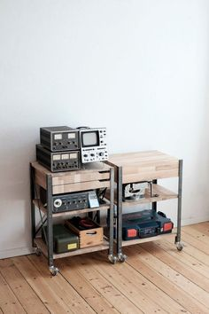 Picture of Workbench on Wheels