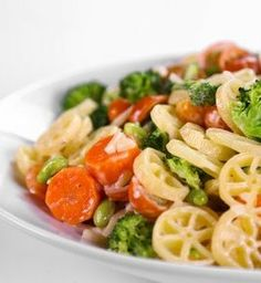 Recipe for Jamie Deens Loaded Veggie Pasta Salad - Customize this pasta dish with any pasta variety in your pantry and vegetables in your fridge.