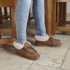 #ShearlingBootieSlippers #BootieSlippers #shearlingslippers Shearling Slippers, Luxury, Fashion, Fuzzy Slippers, Moda, Fashion Styles, Fashion Illustrations, Fashion Models