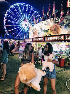 summer fair with best friend! Sarena Seeger - summer fair with best friend! Sarena Seeger summer fair with best friend! Photo Best Friends, Best Friend Fotos, Cute Friends, Cute Friend Pictures, Friend Photos, Bff Pics, Summer Fair, Summer Dream, Summer Feeling