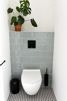 Modern new house interior design by Studio Binnen, For this beautiful new house . - Modern new construction home interior design by Studio Binnen, # bathroom decoration - Bedroom Inspiration Cozy, Bad Inspiration, Bathroom Inspiration, Toilette Design, Small Toilet Room, Small Bathroom, Small Toilet Decor, Family Bathroom, Bathrooms