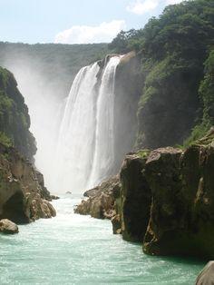 Cascadas De Tamul, San Luis Potosi, Mexico