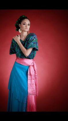db5e71f3d0 Vestidos mexicanos modernos 6