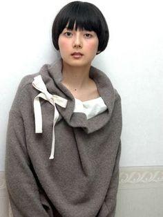 30代女性の憧れ!基本はショート?菊池亜希子の髪型まとめの画像
