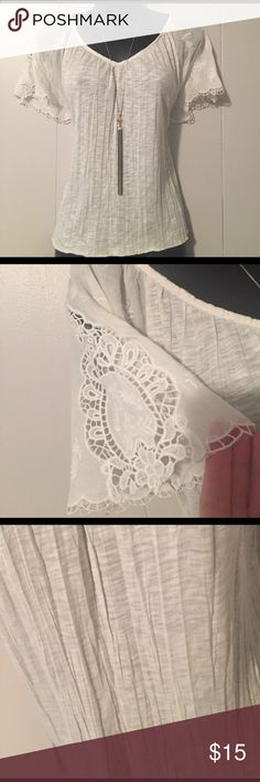 American Eagle Outfitters Boho Peasant Top Crinkle texture. Cutout pattern short flutter sleeves. VNeck. Breezy flowy fit. In excellent barely worn condition. American Eagle Outfitters Tops Blouses