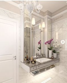 Choosing a new toilet can be difficult but with a bit of knowledge, you can get a great new toilet at a great price. Bathroom Remodel Cost, Bathroom Renovations, Bathroom Design Luxury, Modern Bathroom, Painting Bathroom Cabinets, Office Furniture Design, Vanity Design, New Toilet, Amazing Bathrooms