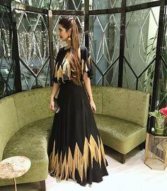 Women's Fashion, Fashion Outfits, Indian Designer Wear, Mehendi, Couture Dresses, Vip, Designer Dresses, Dress Skirt, Shirt Designs