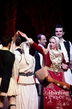 Arvanites Παραδοσιακή Αρβανίτικη φορεσιά Albanian Language, Greek Traditional Dress, Late Middle Ages, Greece, Dance, Costumes, Style, Fashion, Folklore