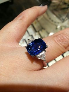 cut Corn flower blue Sapphire w/ trillions on each side Silver Wedding Bands, Wedding Ring Bands, Wedding Jewelry, Deco Engagement Ring, Gemstone Engagement Rings, Blue Sapphire Rings, Blue Rings, Corn Flower, Beautiful Rings