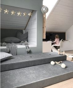 Latest Pictures Ideas Got kids ? You then realize that their material winds up practically throughout the house! Bedroom Loft, Baby Bedroom, Kids Bedroom, Living Room Decor, Bedroom Decor, Bedroom Ideas, Attic Rooms, Kids Room Design, Spare Room