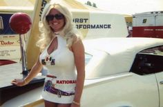 Linda Vaughn Car Show Girls, Car Girls, Linda Vaughn, Hurst Shifter, Retro Hairstyles, Drag Cars, Vintage Racing, Drag Racing, Autos