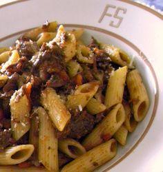 O Cozinheiro de fim de semana: Penne com Ragu Rústico de Carne