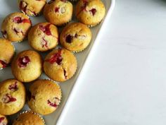 Brioșe cu cireșe Muffins, Cupcakes, Breakfast, Food, Muffin, Cupcake, Meal, Essen, Morning Breakfast
