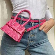 There are lots of luxury and well designed Chanel bags in the stores this season. I mean, who doesn't like a Chanel bag? Cheap Handbags, Purses And Handbags, Popular Handbags, Cheap Purses, Small Handbags, Replica Handbags, Jacquemus Bag, Mode Rose, Twin Set