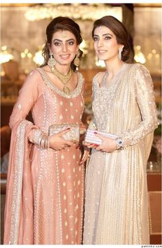 they look so elegant Pakistani Wedding Outfits, Pakistani Dresses, Indian Dresses, Indian Outfits, Shadi Dresses, Wedding Attire, Pakistani Couture, Pakistani Bridal, Indian Bridal