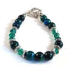 Women's Hunter Green with Silver Accents Beaded Bracelet by DungleBees on Etsy