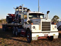 WHITE. 4000, Semi-Trailer. Semi Trucks, Old Trucks, Western Star Trucks, White Truck, Semi Trailer, Business Class, Classic Trucks, Jeeps, Trailers