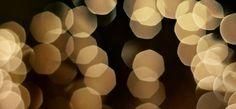 Amazingly easy hack to make your Christmas tree really sparkle!   thecrazyorganizedblog.com