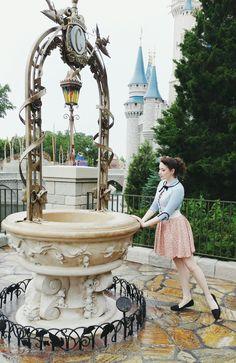 My Dita cardigan was perfect for this Bo Peep disneybound! Disney World Vacation, Disney Vacations, Disney Trips, Disney Parks, Alice In Wonderland Pictures, Disneyland Birthday, Disney World Pictures, Disney Springs, Disney Style