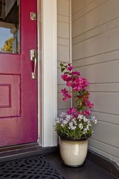 More Stunning Yard Makeovers From HGTV's Curb Appeal : Page 29 : Decorating : Home & Garden Television