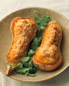 I can't get enough squash, can you? These look SO GOOD! Twice-Baked Butternut Squash via Martha Stewart