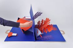 Vincent GODEAU - Agence Virginie Book Art, Up Book, Pop Up Art, Kirigami, Atelier Theme, Libros Pop-up, Paper Engineering, Creative Brochure, Paper Artwork