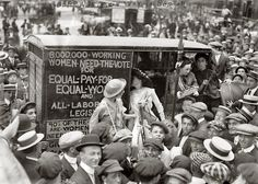 "New York, August 1913. ""Suffragettes on way to Boston."" (via  Shorpy Historical Photo Archive)"