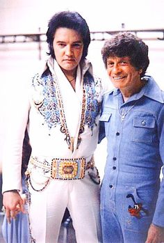 takingcare-of-business: Elvis backstage in 1977 - Elvis never left