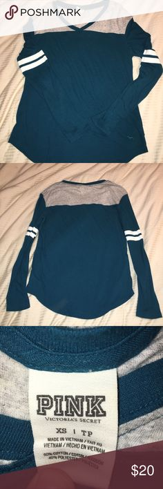 Super cute ladies PINK by VS shirt size xs good Cute shirt size extra small. I gained weight and it does not fit anymore PINK Victoria's Secret Tops Tees - Long Sleeve