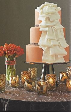 Love this cake + this look!