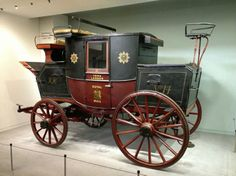 First Royal Mail Delivery Cart London to york mail coach route. Mail coach wagon in 1784 and lasted until by 1820 a coach could cover the 200 miles from york to london at an average speed of mph Horse Wagon, Horse Drawn Wagon, Science Museum London, American Pickers, Wooden Wagon, Old Wagons, Covered Wagon, Chuck Wagon, Horse Carriage