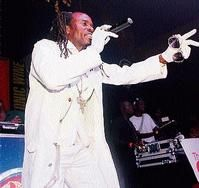 Tanto Blacks, Duppy scare Off LA Lewis To loses face-off at Famous Night Club - Entertainment - Jamaica Star - December 9, 2013